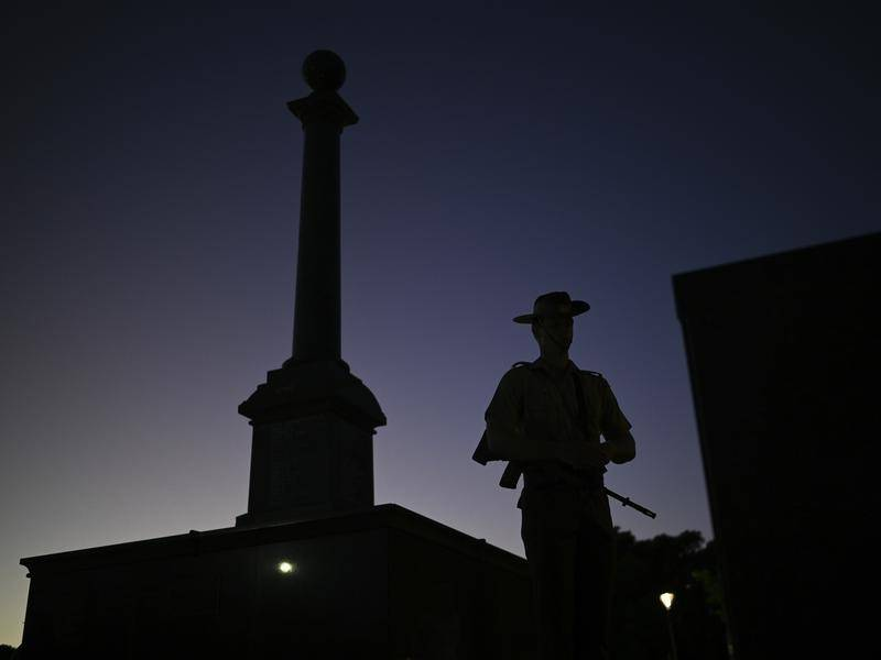 Darwin's traditional Anzac Day dawn service has been cancelled due to coronavirus restrictions.